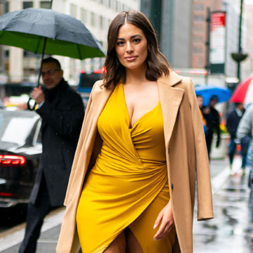¡Sorpresa! Ashley Graham anuncia de una divertida forma que está embarazada